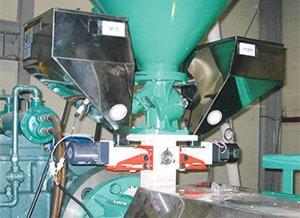 압출기에 설치된 Twin Type 사례